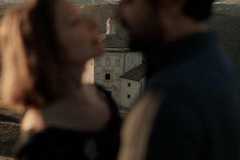 _ Engagement Session in Rocca Calascio